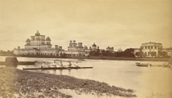 Chutter Munzil Palaces - Lucknow.